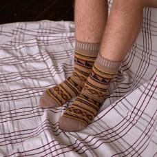 Мужские носки рыжие с узором