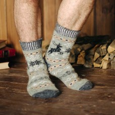 Мужские носки шерстяные оливковые с оленями