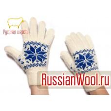 Перчатки женские шерстяные с синими снежинками